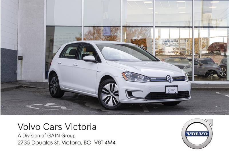 Pre-Owned 2016 Volkswagen e-Golf (U.S. Model) SE