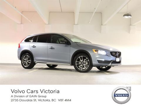 Pre-Owned 2017 Volvo V60 Cross Country T5 AWD Premier